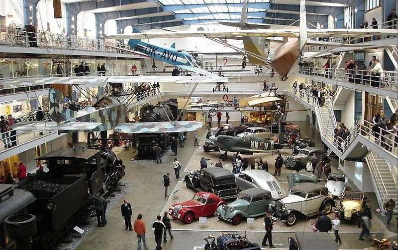 64 - National Technical Museum - an extensive collection in 14 exhibitions (26 km)